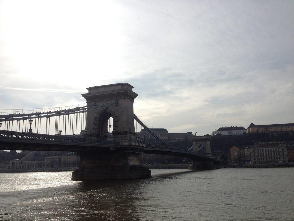 6- Chain Bridge'te Yürümek